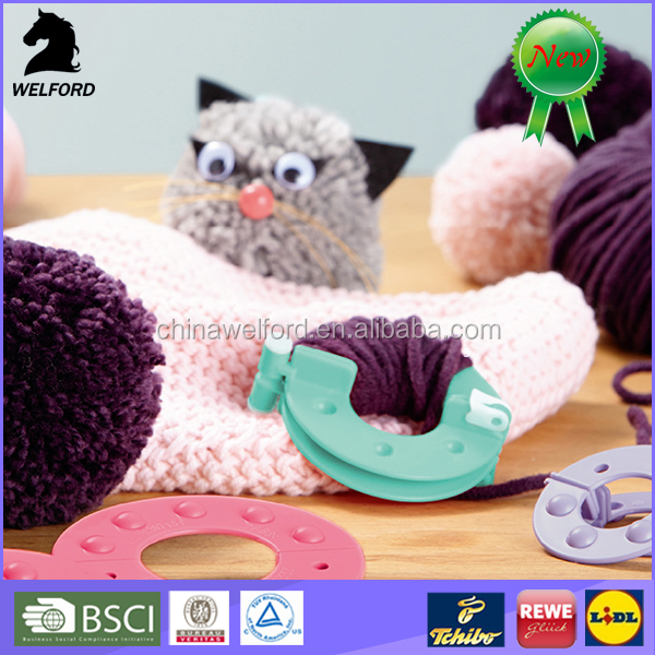 hot selling novelty dual purpose Pompom Maker Knitting Tool