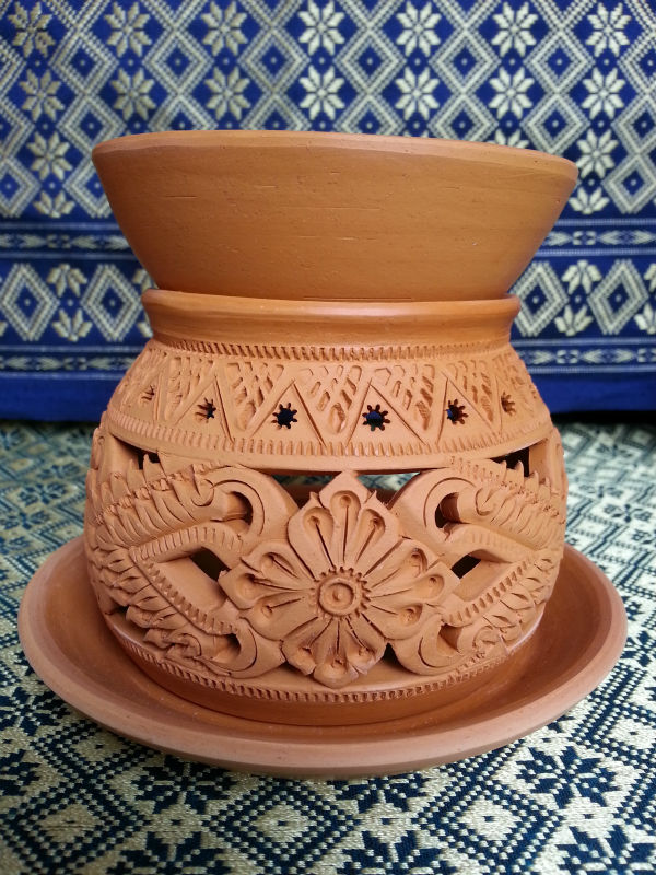 aroma oil burner (Thai style) made from clay ob-01005