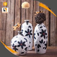 2017 new handpainting creative ceramic home living room art deco vase