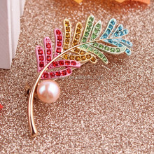 Custom leaf breast pin Jewelry with many years experience