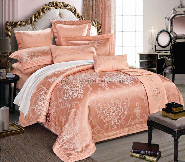Hot New Product Luxury Jacquard Embroidery Bedding Sets and Comforter Set