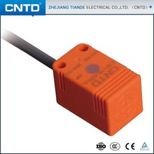 CNTD Quality Guarantee DC10-30V PNP NC Inductive Proximity Rectangular <strong>Sensor</strong> with 1.5m cable (CJF17E-05PB)