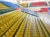 Indoor/Outdoor retractable seats / retractable seating system/stand with folded plastic seats for gym and soccer filed kt-4251h