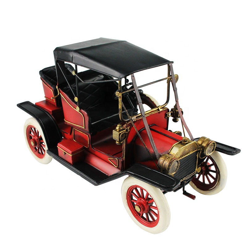 Vintage Iron Wecker Car Model Antique 5 Wheels Ornaments Figurine Retro Crafts Old Miniature Home Decor Gifts