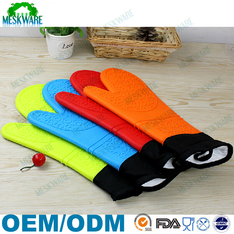Long design super thick silicone cotton oven mitt with FDA/LFGB