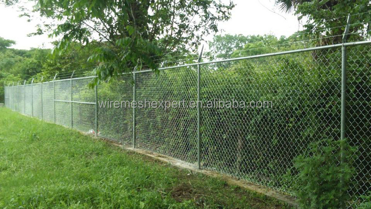 2015 New hot sell chain link fence china market in dubai