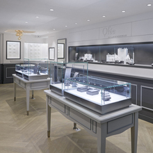Professional modern shop counter design for jewelry display