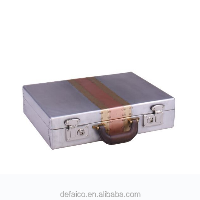 Aviator Aluminum Cover Small Suitcases