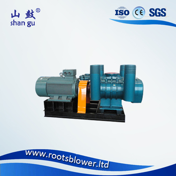 Vacuum loader for emptying septic tanks roots type pump