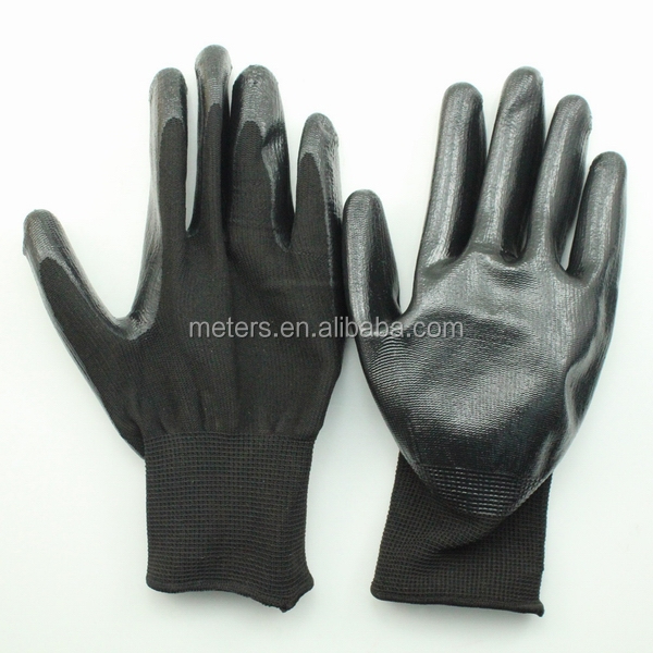 13 Gauge Polyester Liner Black Nitrile Gloves