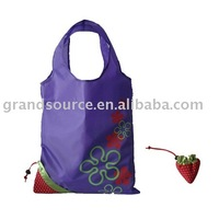 Foldable polyester shopping bag with die-cut handle