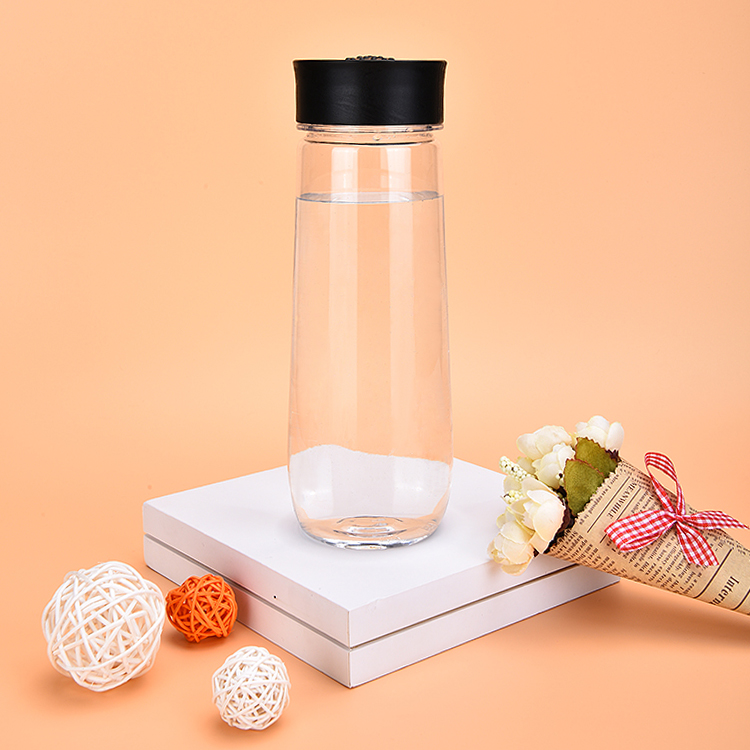 Wholesale Tritan Plastic 22OZ Water Bottles for Table Beverage Drinkware