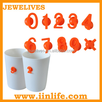 Number shaped silicone suction cup wine glass marker