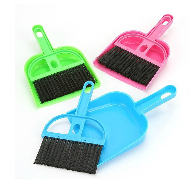 Small packaged computer small broom broom dust pan cleaning broom