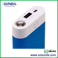 2014 new 8400mah universal portable power bank singapore