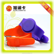 hot selling waterproof 13.56MHz silicone rfid wristband