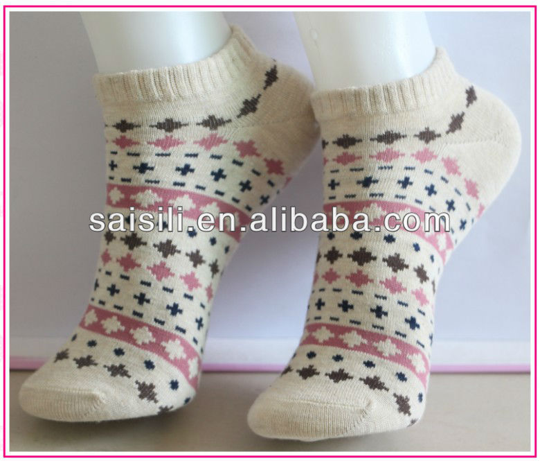 2013 Fashion Jacquard women ankle sock for summer