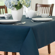Oilproof Waterproof Polyester Jacquard Table Cloth