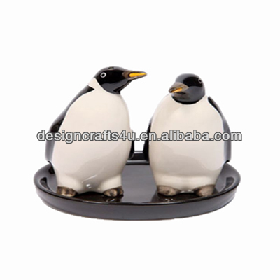 Lovely Penguin Porcelain Salt Pepper Shakers Wedding Favor