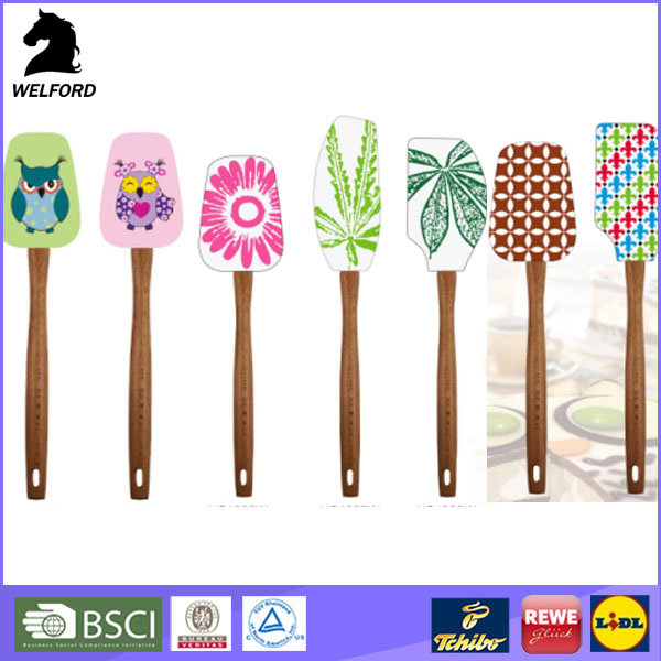 new products creative printed silicone spatula with wood handle