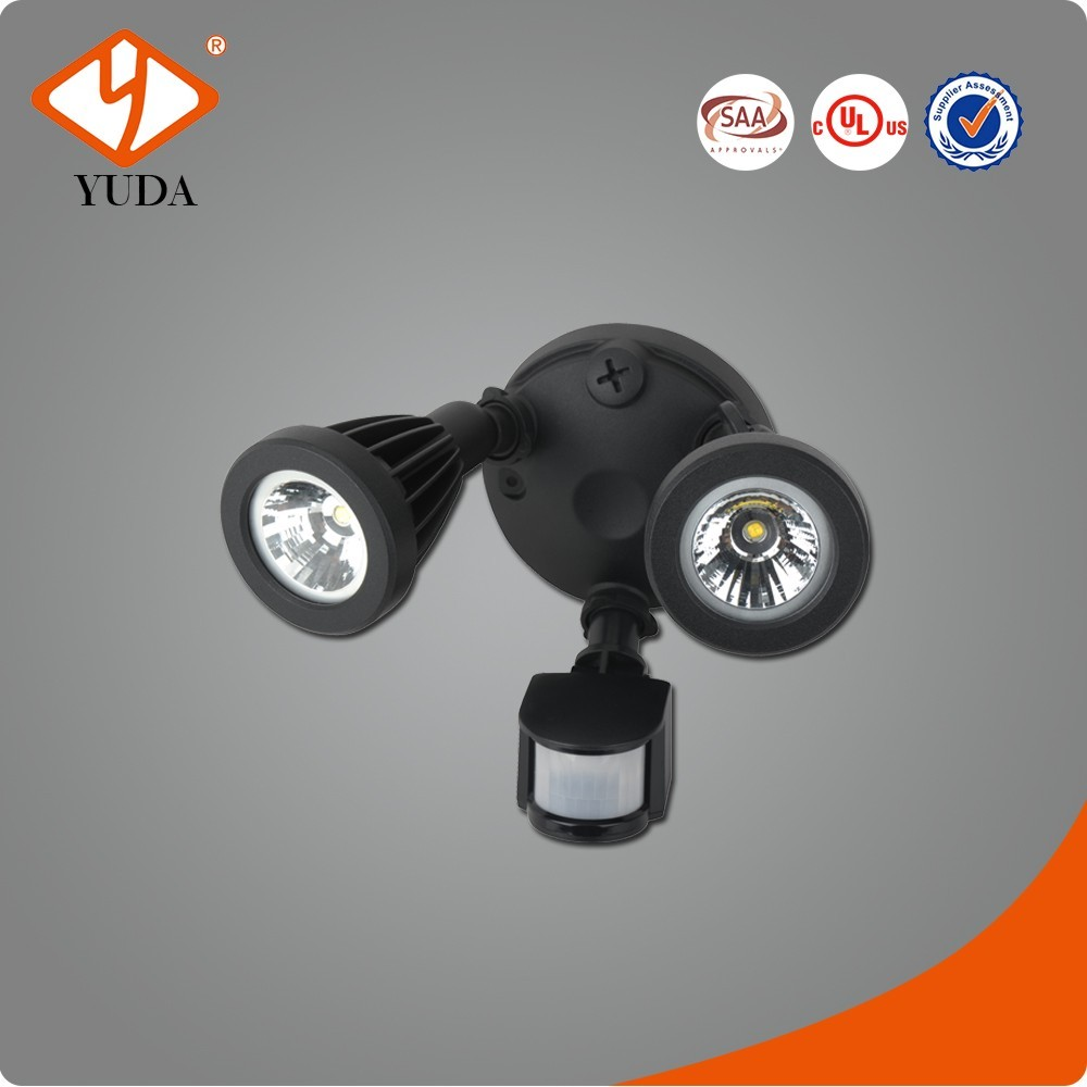 180 Degree Sensor Angle UL SAA Two Heads 18m Sensor Distance motion sensor led street light