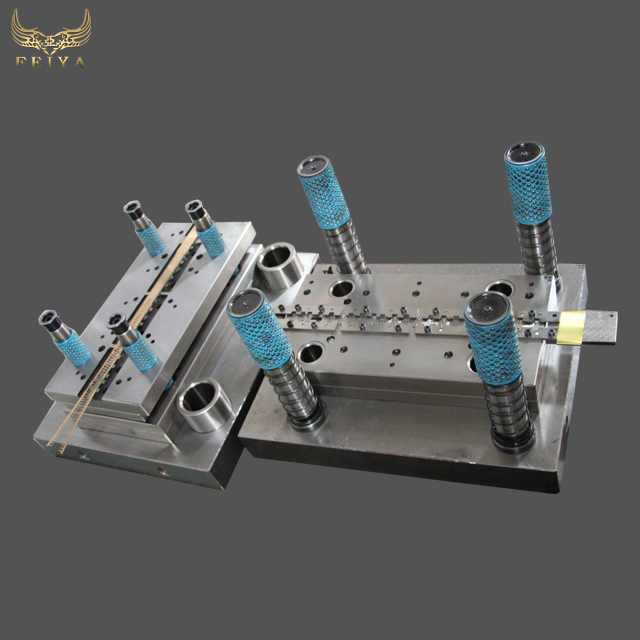 Chinese factory price progressive hardware mould tool and die maker