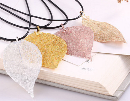 2017 new European and American style fashion natural leaves leather necklace butterfly pendant