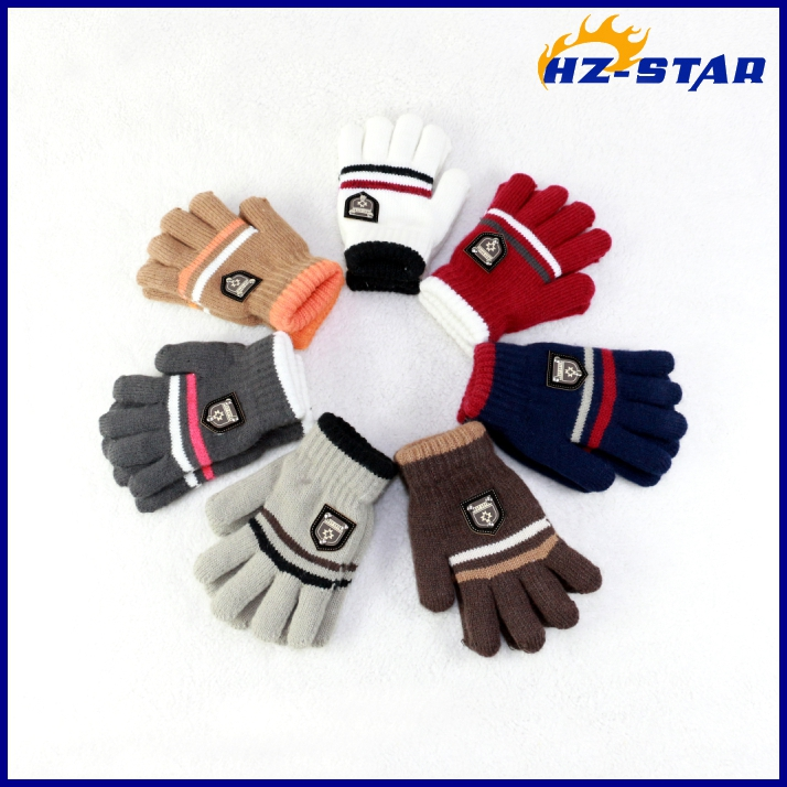 HZS-13259001 2016 new design fashion baby boy print warm magic hand softening cute resistant glove