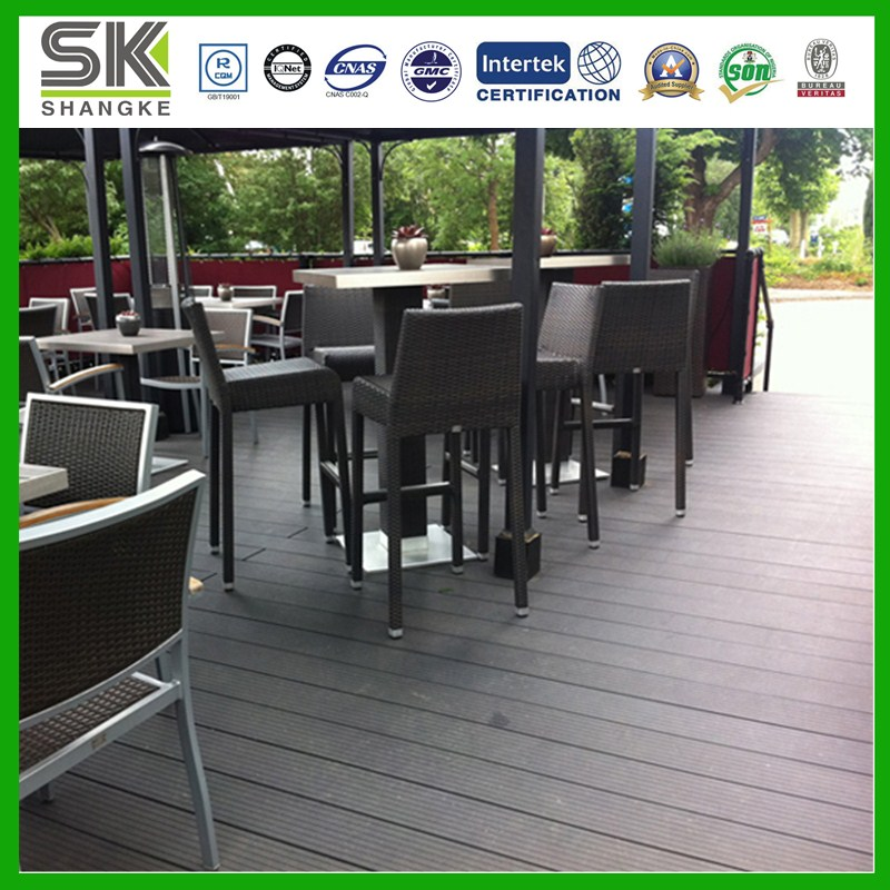 Waterproof Wood and Plastic Composite Flooring for Coffee Shop