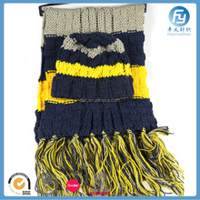 2017 OEM knitted scarf hat and gloves set for girls