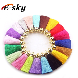 2018 New Hot Sale Colorful Bag Silk Fringe Key Chain Silk Tassels with Gold Cup