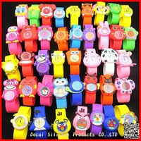 Cheap wholesale promotional item kids silicone cartoon slap watch