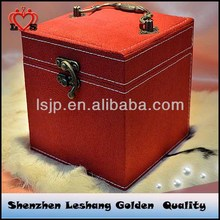 Fashion and classical flannel jewelry box&description of jewelry box