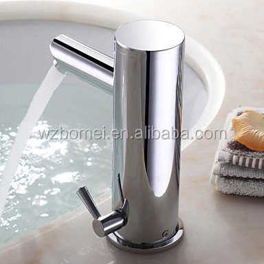 Deck Mount Whole Brass Body Washroom Automatic Faucet