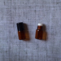2ml 15x27mm Amber Roll On Essentical Oil Bottle With Glass Roller And Plastic Cap