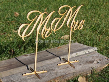 Customized simple style restaurant Wood table menu or number holders