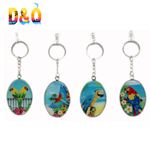 Wholesale parrot animal glass keychain souvenir gift keychain