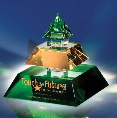 exclusive green crystal pyramid for corporate gifts