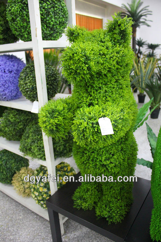 Wholesale artificial leaf/ grass bear ornament