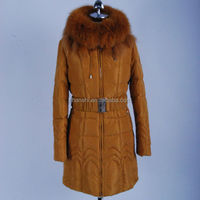 Wholesale China Woman Clothes High Fashion Thick Woman Winter Coat With Very Big Raccoon Fur