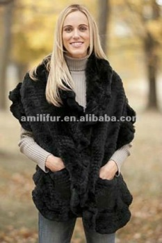 3168# Women's Ruffled Rabbit Fur Stole with Pockets