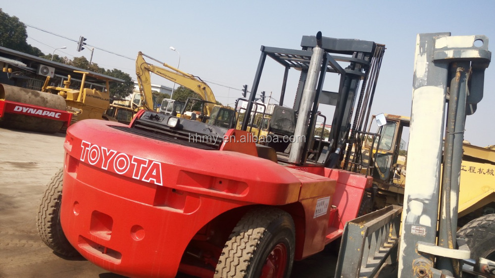 TOYOTA JAPAN 20ton used forklift boom Low price of direct selling