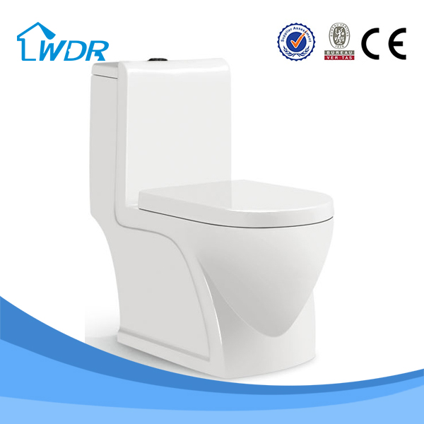 italian type siphon jet water closet strap floor mounted