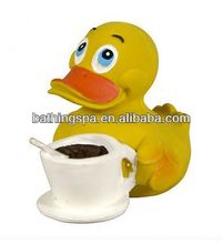Hot selling promotional rubber duck
