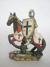 fighting knight statue souvenir craft