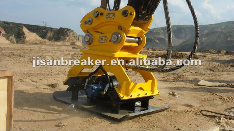 Hydraulic excavator vibrating plate compactor for 14 tons carrier