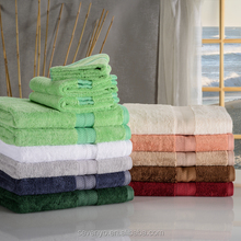 China Factory Customized High Quality Wholesale Bath Towels Dobby Design