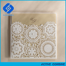 2016 Newest Pocket Flowers Modern Wedding Invitations with Beads Decorating