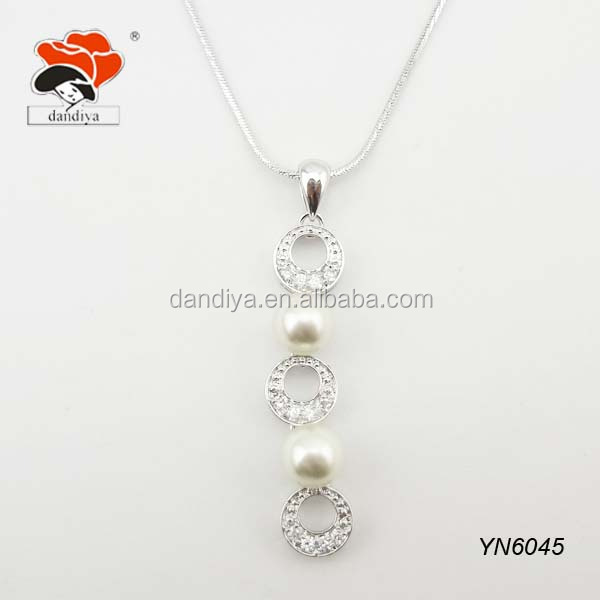 sparkling cheap triple hanging crystal circle necklace with pearls