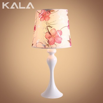 2016 CE certificate wooden tripod standing table lamp with fabric lampshade zhongshan lighting